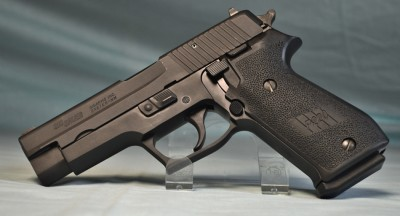 Sig Sauer P220 LIKE NEW MADE IN GERMANY .45